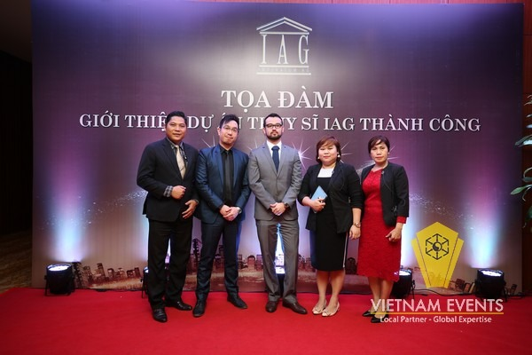 Talkshow was organized at Crowne Plaza Hanoi Hotel