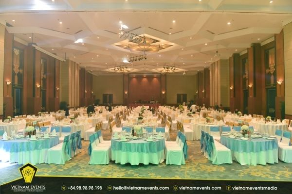 how to prepare an impressive gala dinner for companies