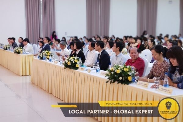 7 reasons for choosing VietnamEvents to organize professional workshops