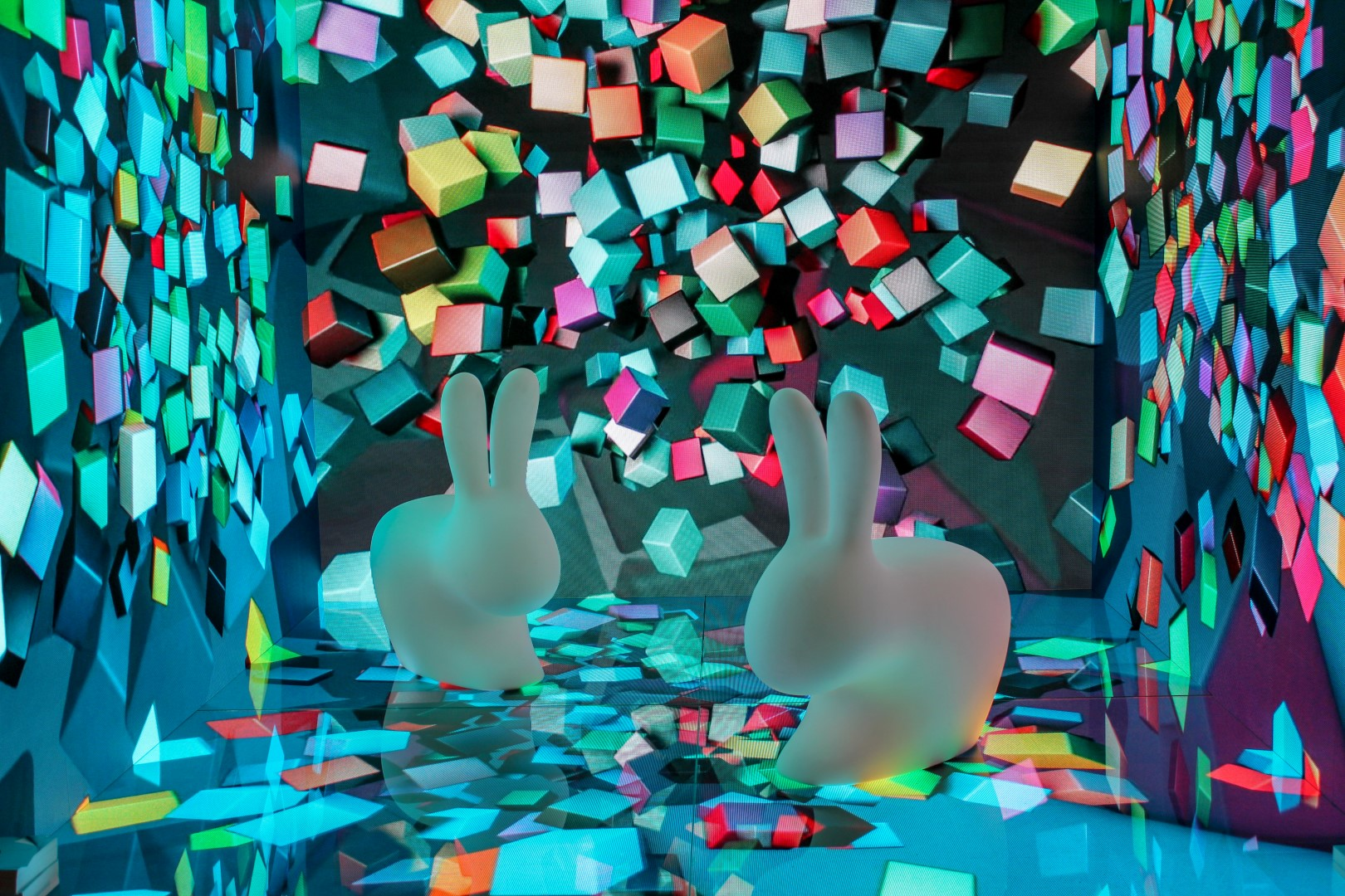 Incorporate 3D projection mapping into your booth design